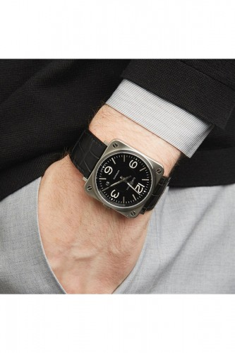 detail Bell & Ross Black Steel BRS92-BLC-ST/SCR