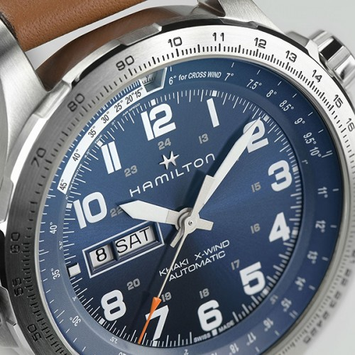 detail Hamilton Khaki Aviation X-Wind Day Date Auto H77765541