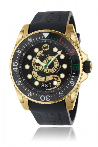 detail Gucci Dive YA136219